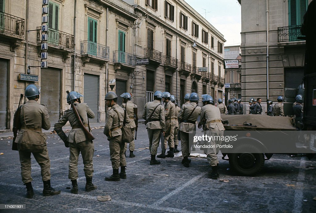 The police guard a road of Reggio Calabria where there are disturbances due to the decision taken by the provincial capital Reggio Calabria September...