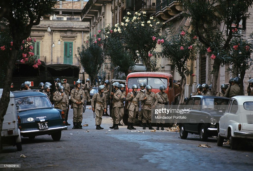 The police guarding a road of Reggio Calabria where there is disorder due to the decision taken by the provincial capital Reggio Calabria September...