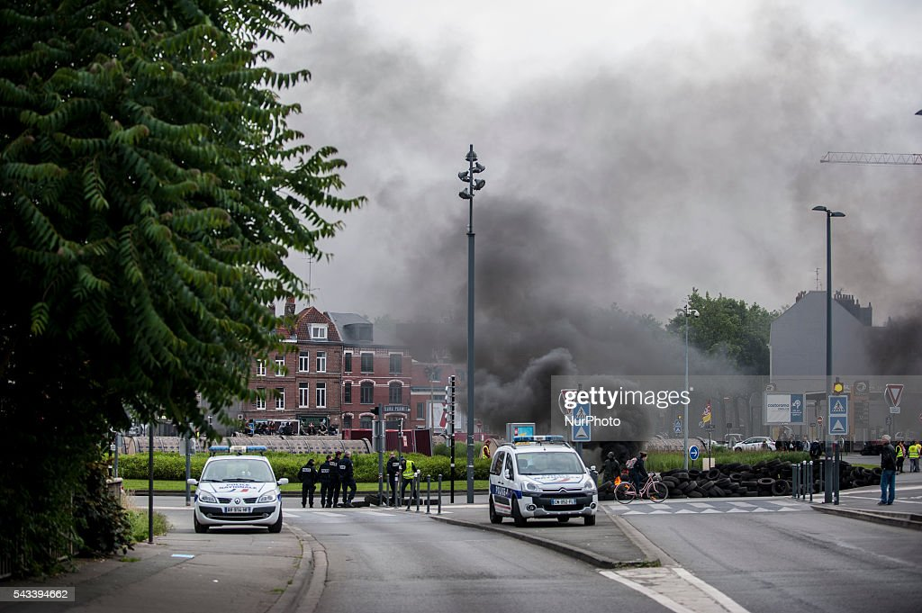 The police prevented motorists to join the blockade around the roundabout Posts blocked by trade unionists of the CGT in Lille, France on june 28, 2016. A new national day of action against labor law place throughout France. Economic blocking action was planned by the CGT in Lille this morning at 6:30 am.