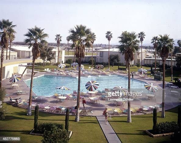 Las vegas 1950s stock photos and pictures getty images for Riviera resort las vegas