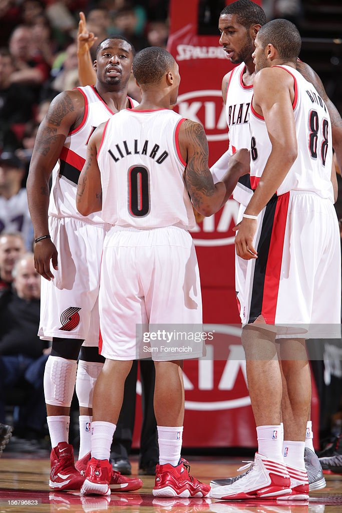 The Portland Trail Blazers huddle during the game against the Chicago Bulls on November 18, 2012 at the Rose Garden Arena in Portland, Oregon.