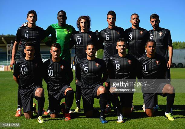The Portugal first eleven pose for a team photo during the Toulon Tournament Group A match between Portugal and Chile at the Stade Perruc on May 23...