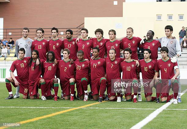 The Portugal Team before the 2007 Madeira International U20 Tournament between Madeira and Portugal in Funchal on Febraury 27 2007