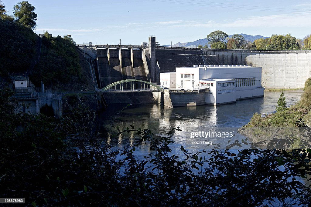 The powerhouse at the Karapiro hydroelectric power station, operated by Mighty River Power Ltd., stands adjacent to the plant's dam in Karapiro, New Zealand, on Wednesday, May 8, 2013. New Zealand raised NZ$1.7 billion ($1.4 billion) from the sale of Mighty River shares as the nation's biggest initial public offering closed at a price at the lower end of the indicative range. Photographer: Brendon O'Hagan/Bloomberg via Getty Images