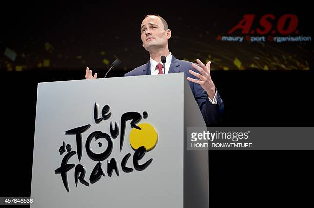 The President of Amaury Sport Organisation JeanEtienne Amaury gives a speech on October 22 2014 in Paris during the presentation of the official...