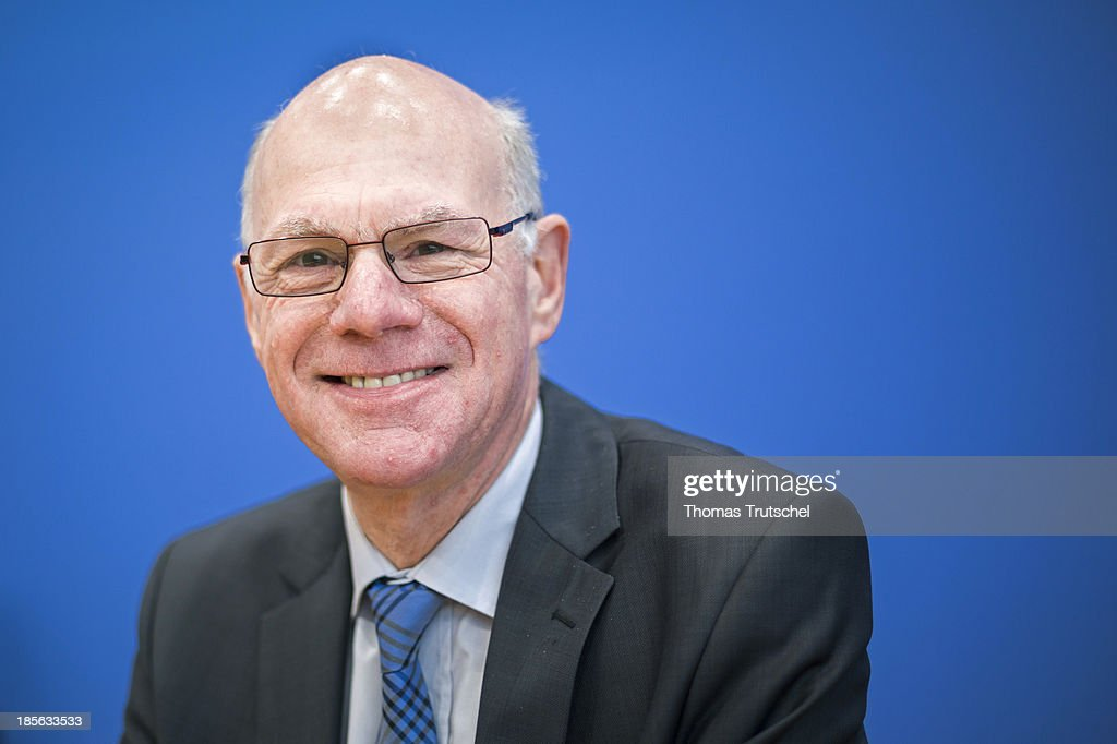 The President of the German Bundestag, <a gi-track='captionPersonalityLinkClicked' href=/galleries/search?phrase=Norbert+Lammert&family=editorial&specificpeople=575522 ng-click='$event.stopPropagation()'>Norbert Lammert</a> (CDU) speaks to the media at Bundespressekonferenz on October 23, 2013 in Berlin, Germany. The lower house of parliament re-elected Lammert as its president with almost 95 percent of the 625 votes cast.