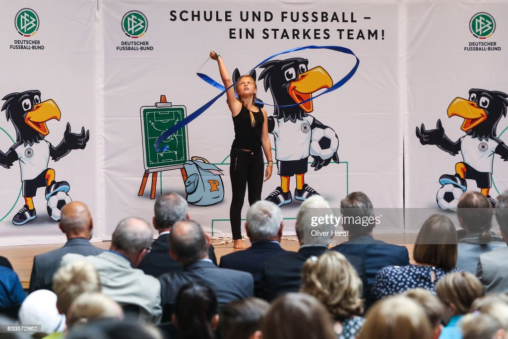 The President of the German football association, Deutscher Fussball Bund (DFB) Reinhard Grindel visit the School for Integrierten Gesamtschule in Rotenburg - Wuemme on August 17, 2017 in Rotenburg Wuemme, Germany.