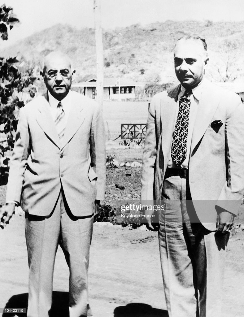 The President Of The Haitian Republic From 1930 To 1941 Stenio Vincent (Left) Meeting The Dictator General Rafael Leonidas Trujillo (1891-1961) On The Frontier Separating Haiti From The Dominican Republic, In Cercadillo.