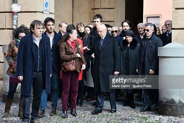 The President of the Italian Republic Giorgio Napolitano and the family of the conducer Claudio Abbado the son Daniele Abbado the nephew Luigi Abbado...