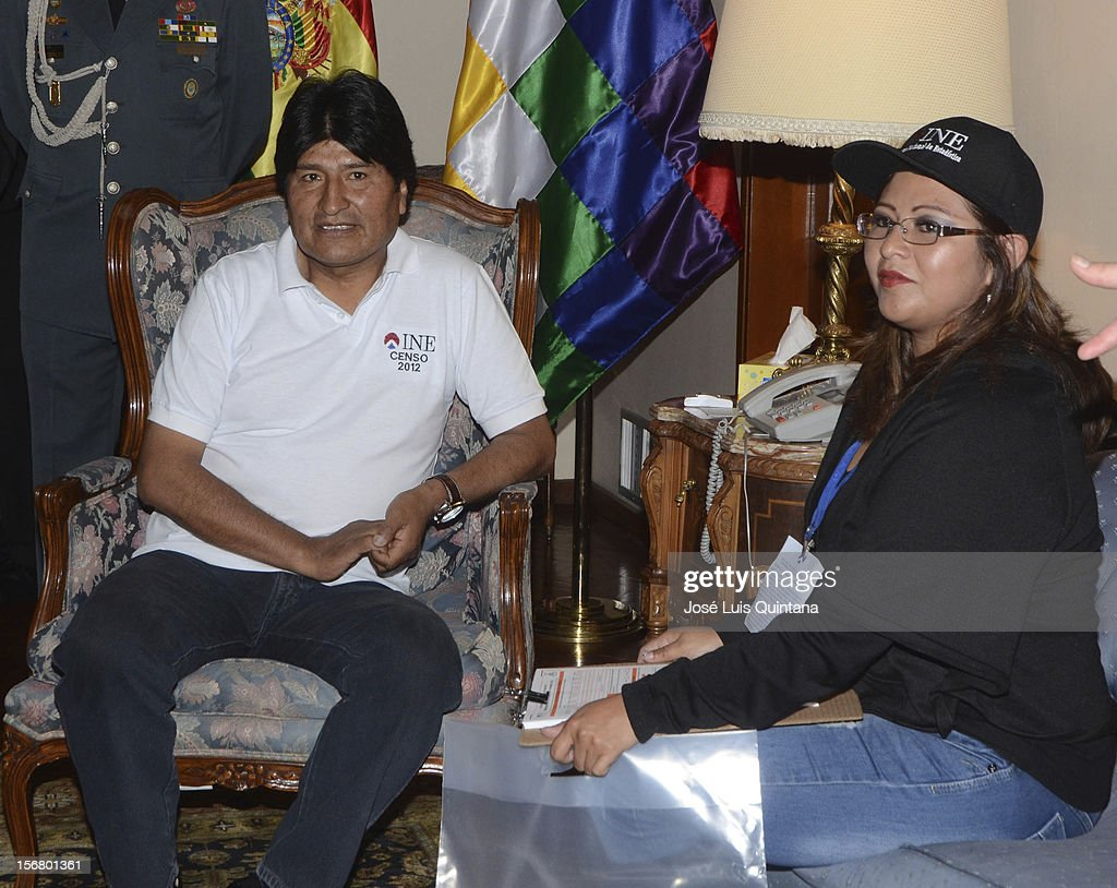 The President of the Plurinational State of Bolivia, Evo Morales, starts the National Census with the enumerator during the bolivian national census on November 21, 2012 in La Paz, Bolivia.