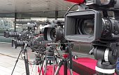 Tv cameras awaiting the high level delegation