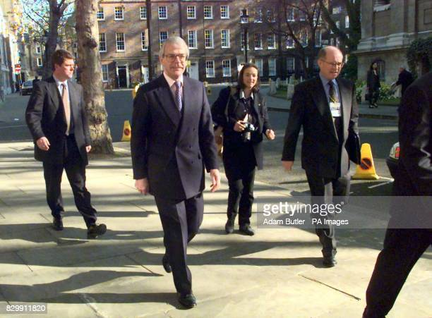 The Prime Minister John Major abandons his car journey from Downing Street to a news conference at Smith Square in central London today and completes...
