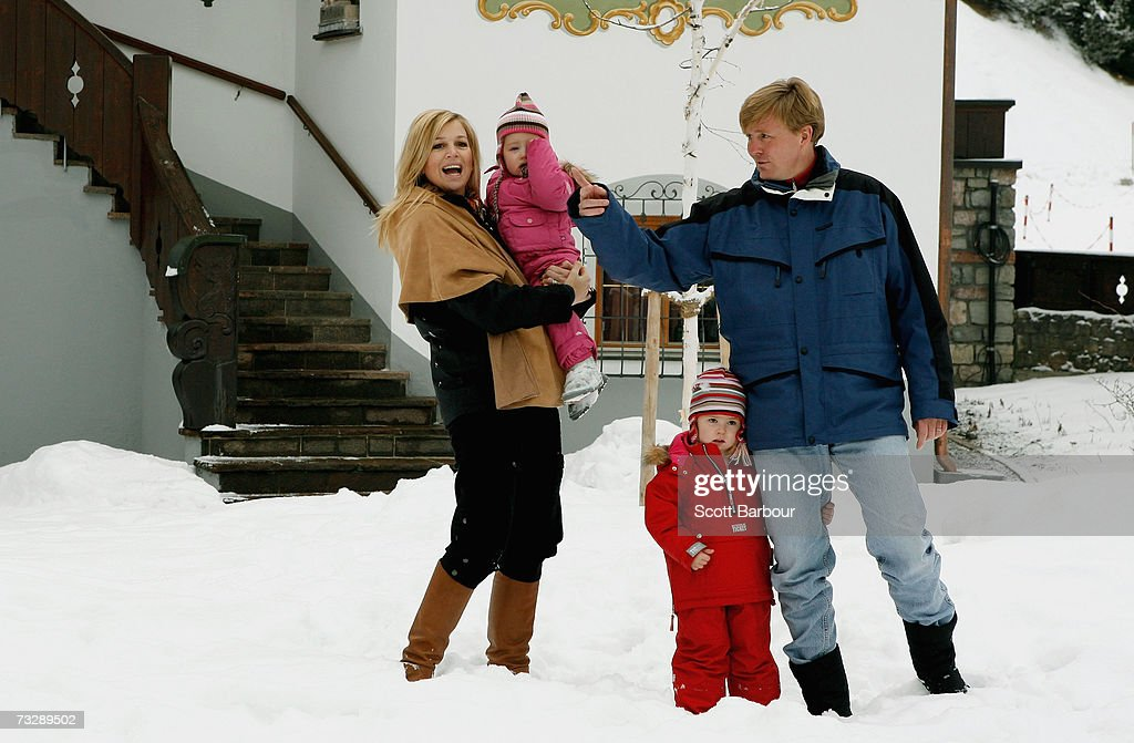 The Prince of Orange Prince Willem-Alexander (R) and Princess Maxima (L) pose for photographs with their daughters Princess Catharina-Amalia (2nd R) and her sister Princess Alexia at the start of their annual Austrian skiing holiday on February 11, 2006 in Lech, Austria.