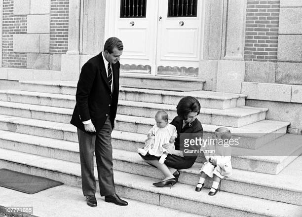 The princes Juan Carlos de Borbon and Sofia of Greece in the Zarzuela Palace with their daughters Cristina and Elena Madrid Spain