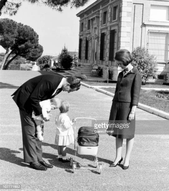 The princes Juan Carlos of Borbon and Sofia of Greece in the gardens of the Zarzuela Palace with their daughters Cristina L to R and Elena Madrid...