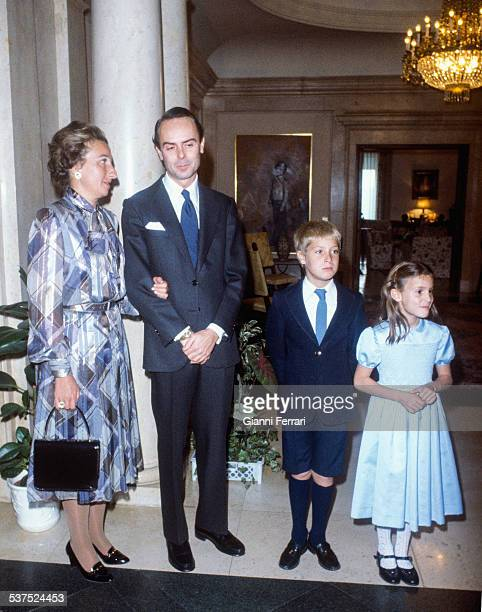 The Princess Margarita of Borbon her husband Carlos Zurita and their children Alfonso and Maria before their visit to Pope Paul II Rome Italy