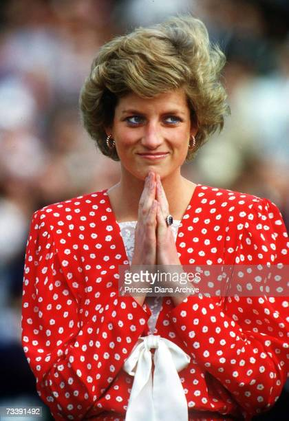 The Princess of Wales at the Guard's Polo Club Smith's Lawn Windsor to present the trophy at the Cartier Polo Match July 1988