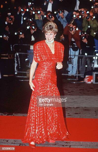 The Princess Of Wales Attending The Premiere Of 'hot Shots' In Leicester Square London Being Photographed By A Big Press Corps Of Photographers...