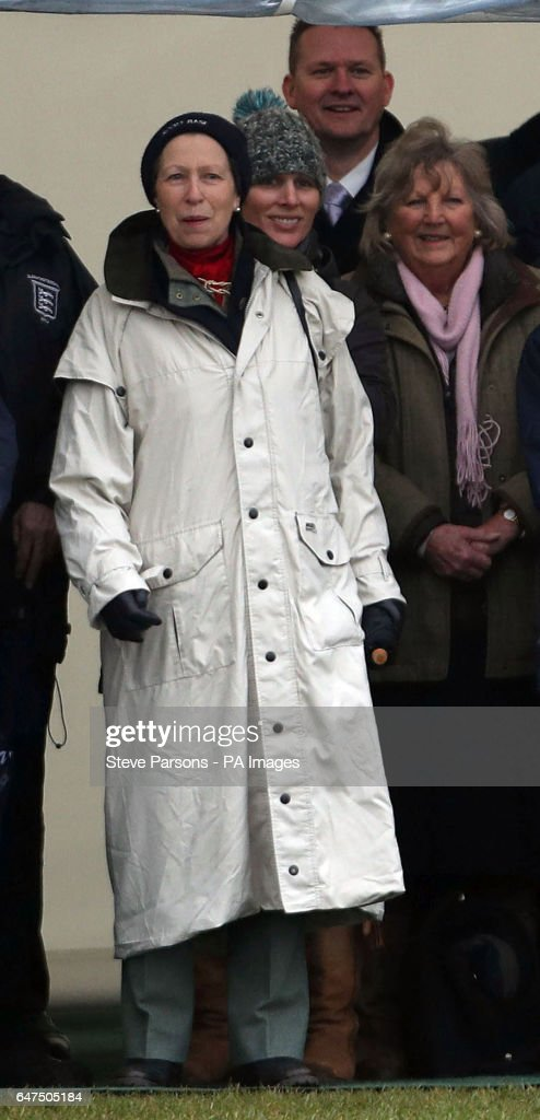 the-princess-royal-with-her-daughter-zara-behind-her-watches-her-picture-id647505184