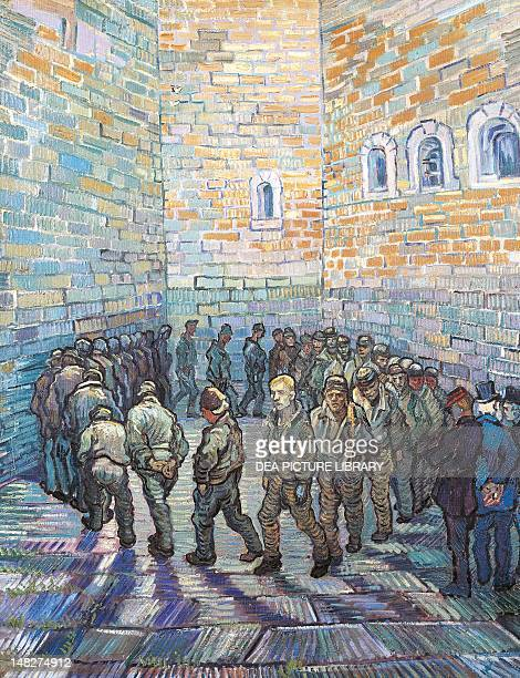 The prison courtyard by Vincent van Gogh oil on canvas 80x64 cm Mosca Gosudarstvennyj Muzej A S Puskina
