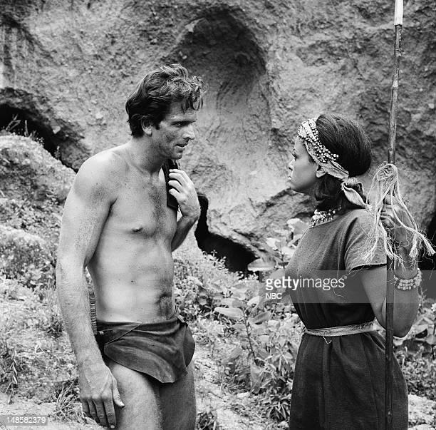 TARZAN 'The Prisoner' Episode 5 Pictured Ron Ely as Tarzan Mimi Dillard as Nione