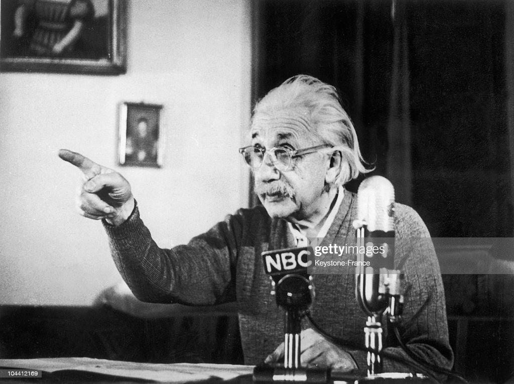 The professor Albert EINSTEIN giving an anti-hydrogen bomb speech at the mic' of the National Broadcasting Comapny (NBC), on February 15, 1950, at Princeton University.