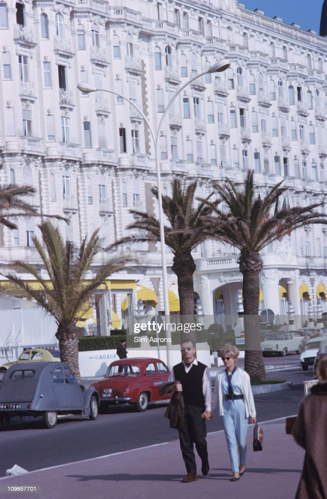 The promenade in Cannes March 1963 The InterContinental Carlton Cannes is on the left