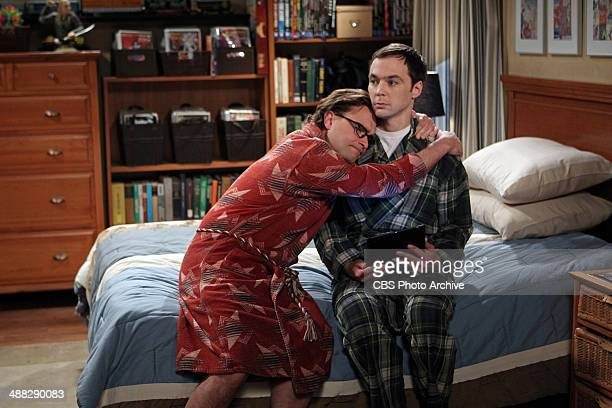 'The Proton Transmogrification' Professor Proton helps Sheldon cope with grief while Leonard turns a relationship milestone into a competition with...