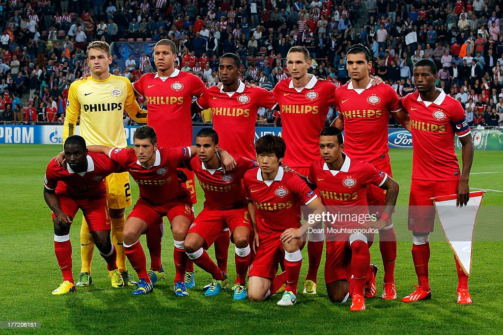 The PSV team line up prior to the UEFA Champions League Play-off First Leg match between PSV Eindhoven and AC Milan at PSV Stadion on August 20, 2013 in Eindhoven, Netherlands.