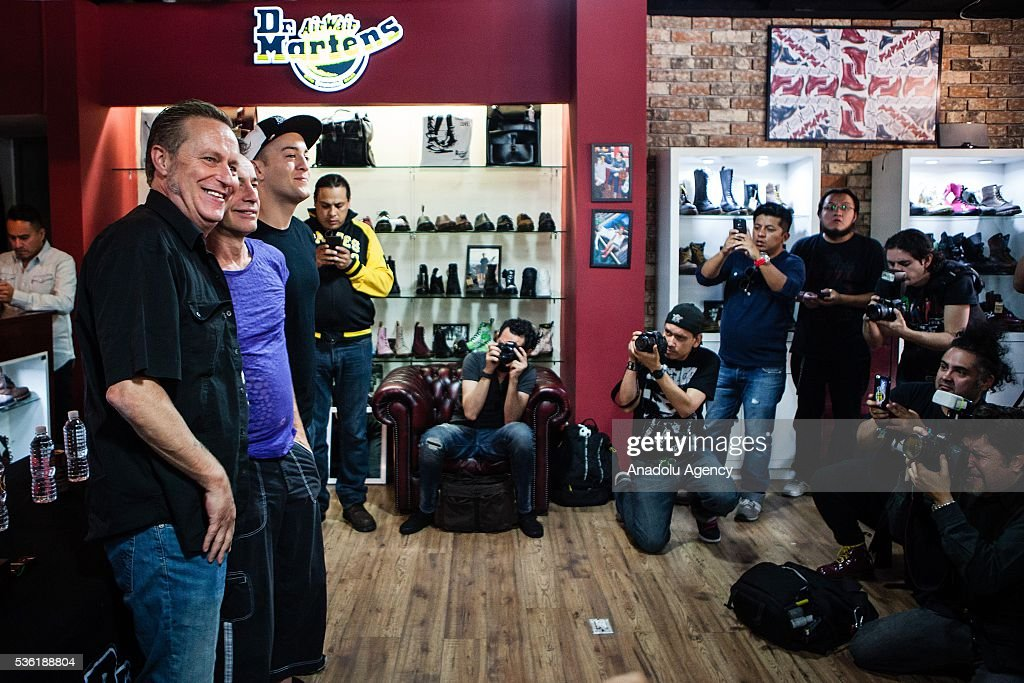 The punk band The Adicts was presented at a press conference in a shop prior to his concert next Sunday in Mexico City as part of his tour of anniversary of 40 years, Mexico City, Mexico, May 31, 2016.
