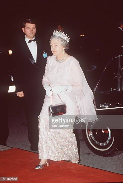 The Queen Arriving For A State Banquet She Is Wearing A Dress By Fashion Designer John Anderson