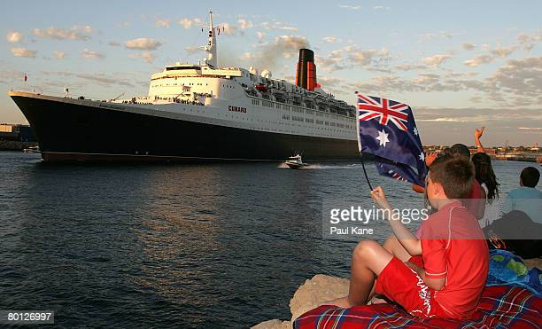 The Queen Elizabeth II ship leaves Fremantle on March 5 2008 in Melbourne Australia The luxury Cunard liner is visiting Australian waters for the...
