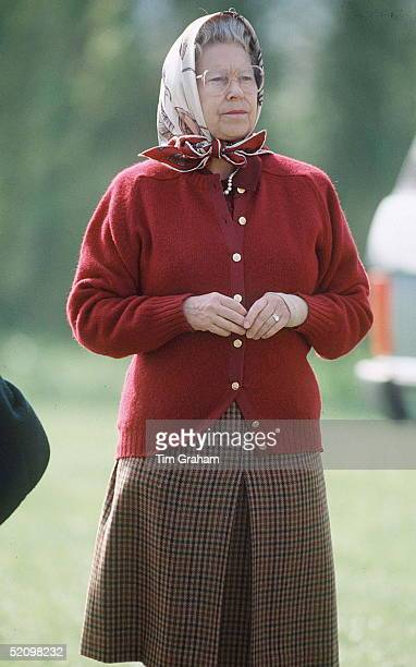 The Queen In Windsor Great Park At The Royal Windsor Horse Show With A Bandage On Her Wrist After An Injury