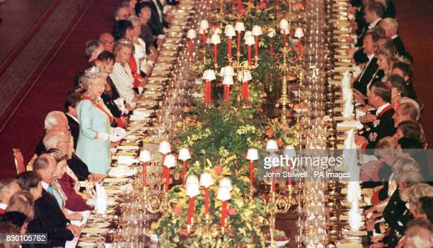 The Queen makes her speech with President Herzog of Germany in St George's Hall at tonights State banquet at Windsor Castle Photo by John Stillwell/PA