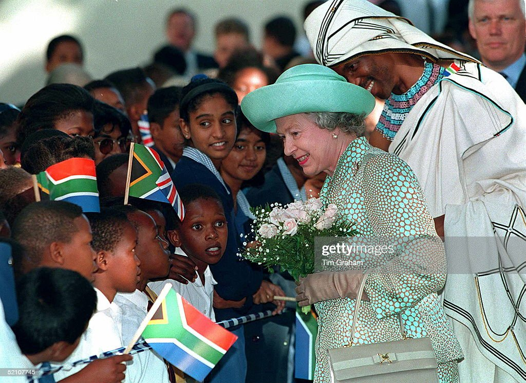 The Queen Meeting Some Young Children During Her Walkabout With Nceba Faku The First Black Mayor Of Portelizabeth South Africa
