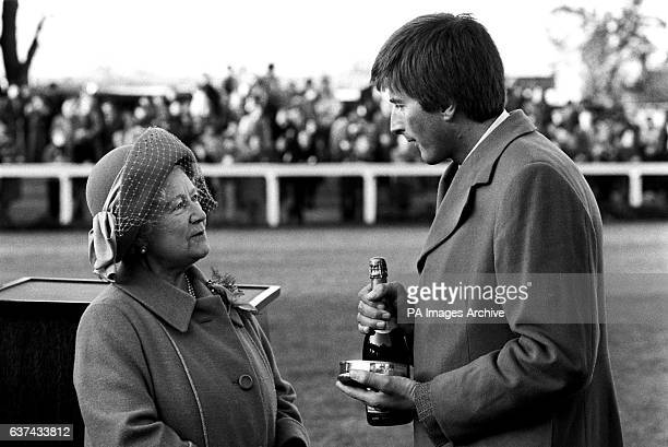 HRH The Queen Mother chatting with winning trainer Michael Dickinson