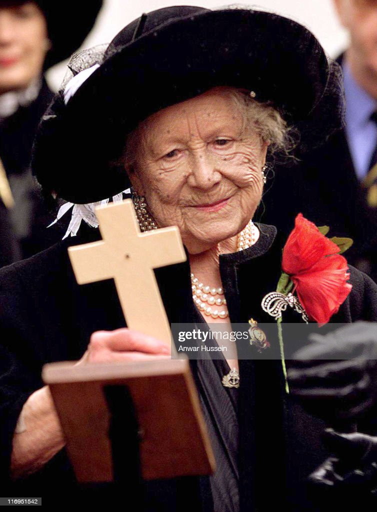 The Queen Mother during Royal British Legion Field of Remembrance at Westminster Abbey - November, 1998 at Westminster Abbey in London, Great Britain.