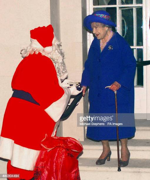 The Queen Mother meets Santa Claus after the Tote Silver Cup at Ascot