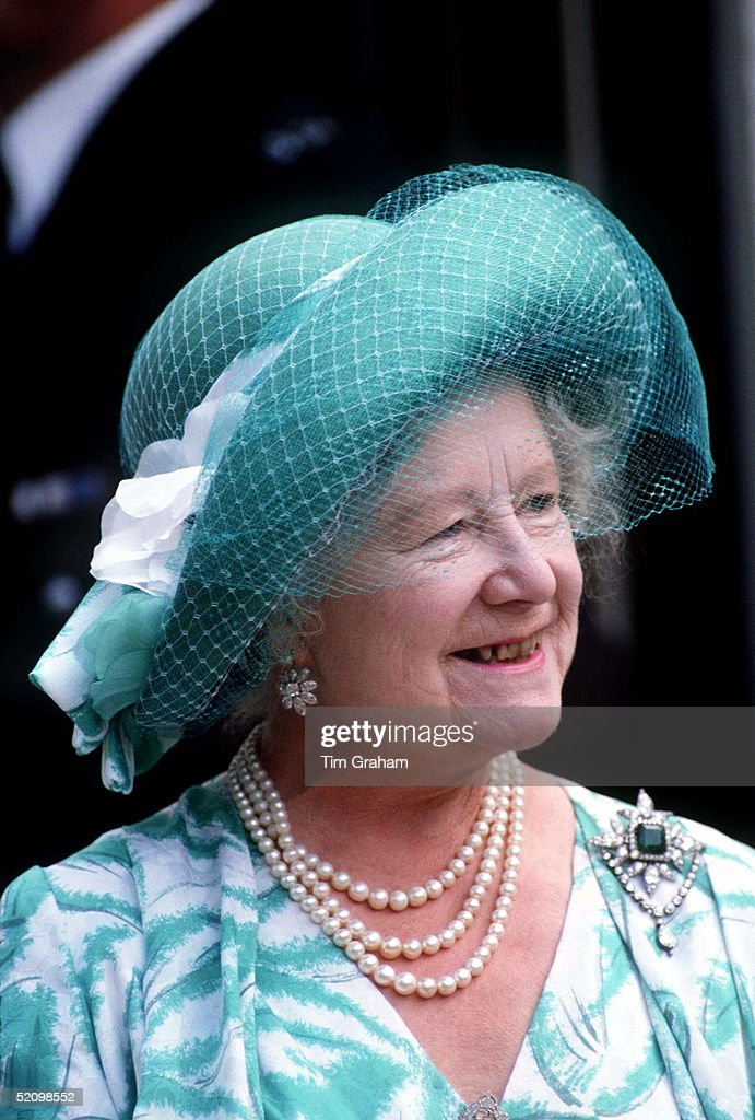 The Queen Mother On Her 86th Birthday At Home In Clarence House