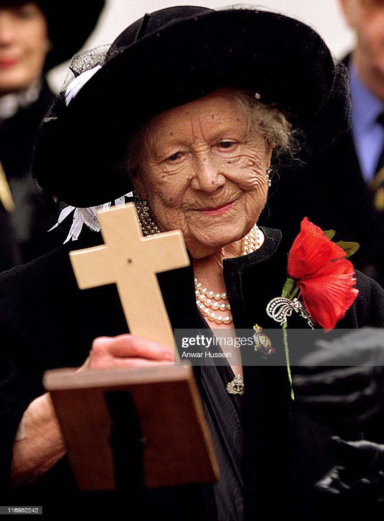 The Queen Mother visits the Royal British Legion Field of Remembrance at Westminster Abbey in November 1998