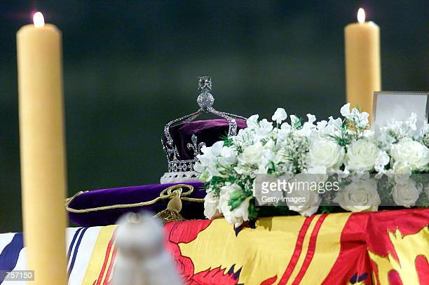 The Queen Mother's crown bearing the Koh''i''noor diamond lies on the coffin of the Queen Mother as it lies in state April 5 2002 in Westminster Hall...