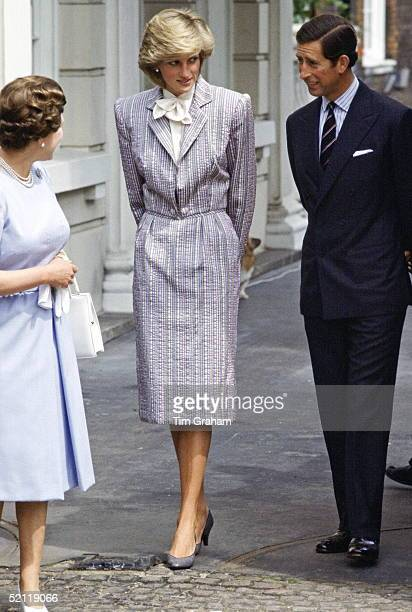 The Queen Princess Diana And Prince Charles At Clarence House The Princess Is Wearing A Grey Outfit Designed By Fashion Designer Bruce Oldfield