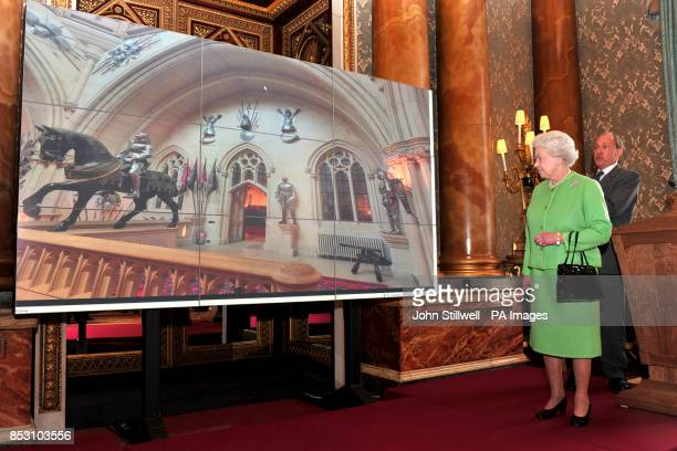 The Queen with World Wide Web inventor Sir Tim BernersLee at the launch of the new British Monarchy website