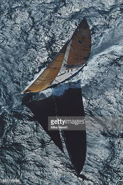 The racing yacht Heineken sails through the Pacific Ocean during the Whitbread Round the World Yacht Race on 1 January 1994 in the Pacific Ocean off...