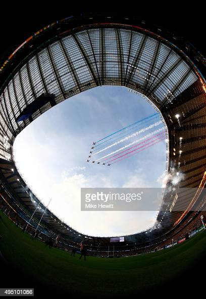 The Red Arrows perform a fly pass before the 2015 Rugby World Cup Final match between New Zealand and Australia at Twickenham Stadium on October 31...