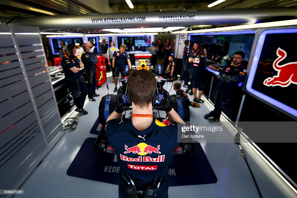 The Red Bull Racing team in the garage during practice for the Formula One Grand Prix of Russia at Sochi Autodrom on April 29, 2016 in Sochi, Russia.