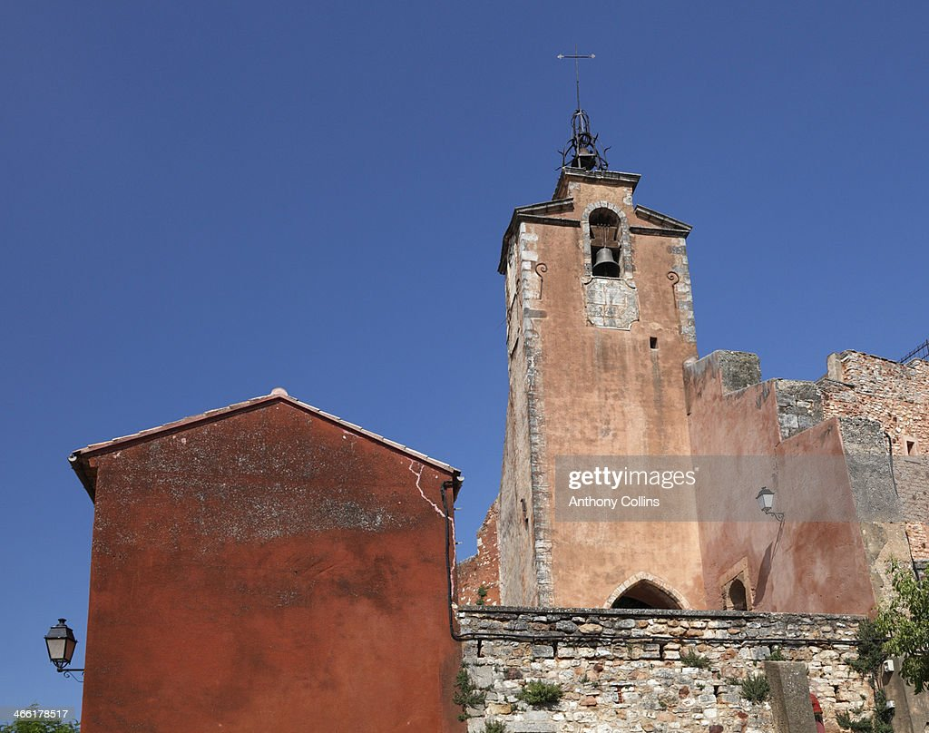 The red ochre colored Provencal town, Roussillon : Stock Photo