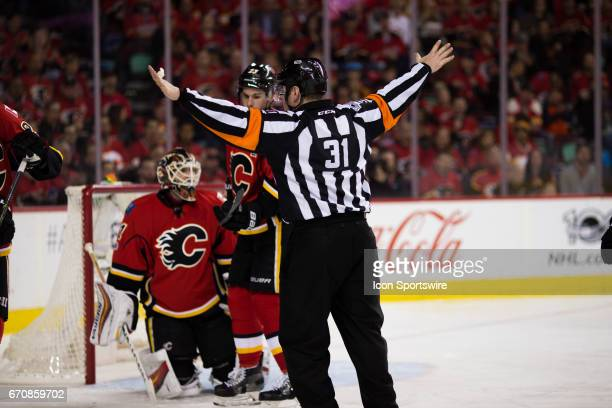 The Ref calls the play dead during the 3rd period during game 4 of the first round of the Stanley Cup Playoffs between the Anaheim Ducks and the...