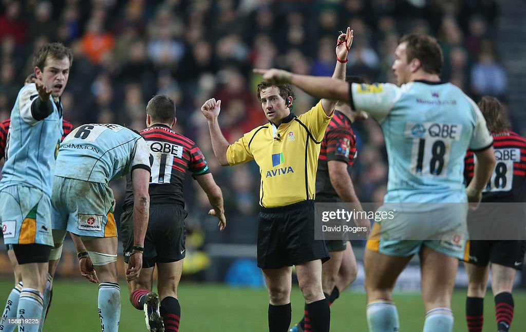 The referee JP Doyle awards a last minute penalty to Northampton during the Aviva Premiership match between Saracens and Northampton Saints at stadiumMK on December 30, 2012 in Milton Keynes, England.