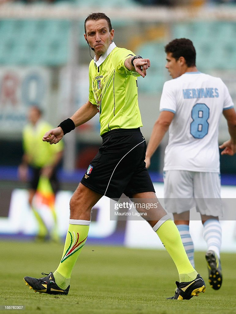 The referee Paolo Mazzoleni during the Serie A match between Calcio Catania and S.S. Lazio at Stadio Angelo Massimino on November 4, 2012 in Catania, Italy.